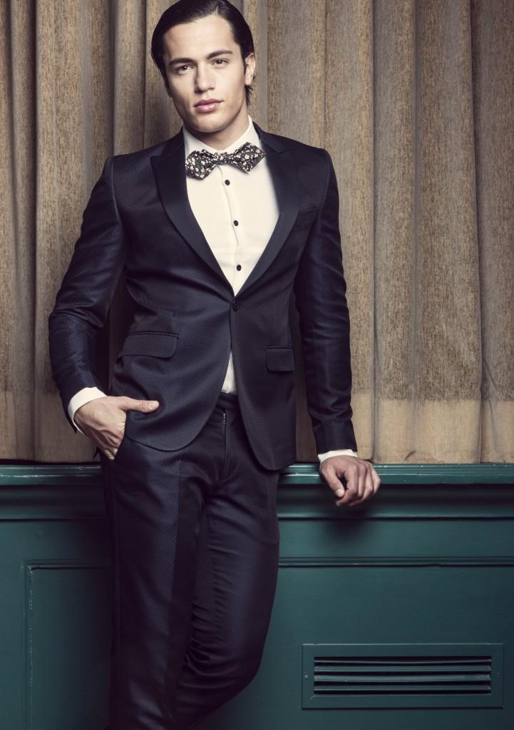 e106204e110 A Gentleman is always a Gentleman - The Gentleman