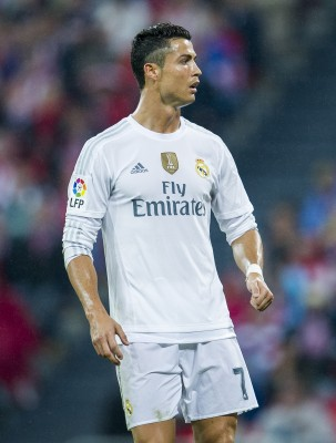 BILBAO, SPAIN - SEPTEMBER 23: Cristiano Ronaldo ofÊReal Madrid CF reactsÊduring the La Liga match between Athletic Club Bilbao and Real Madrid CF at San Mames Stadium on September 23, 2015 in Bilbao, Spain. (Photo by Juan Manuel Serrano Arce/Getty Images)